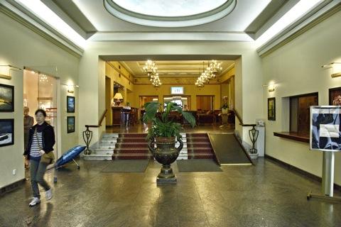 """Bild: In der Lobby des Hotel """"Rīga""""."""