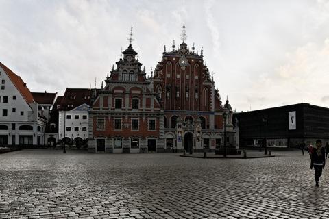 Bild: Das Schwarzhäupterhaus mit dem Befreiungsmuseum in Riga.