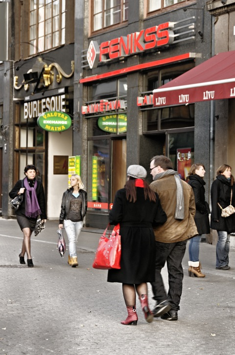 Bild: Einkaufsmeile am Livenplatz in Riga.