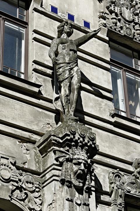 ild: Fratzen, Löwen, Sphinxe - Jugendstil in der Elizabetas iela und der Alberta iela in Riga. NIKON D700 mit AF-S NIKKOR 28-300 mm 1:3,5-5,6G ED VR.