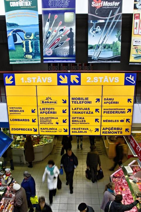 Bild: Unterwegs an und in den Markthallen von Riga.