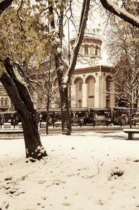 Bild: Die orthodoxe Kirche St. Pankratius in der Dominikonų gatvė in Vilnius. NIKON D700 mit AF-S NIKKOR 28-300 mm 1:3.5-5.6G ED VR.
