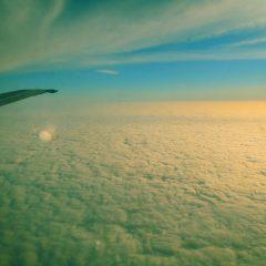 Bild: Dann dichte aber flache Bewölkung. Von der Landschaft ist nichts zu sehen.