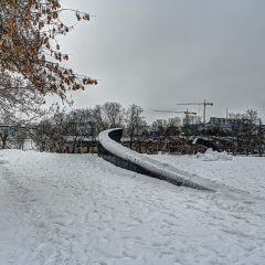 Bild: The Broken Line - Denkmal zum Andenken an den Untergang der Fähre Estonia im September 2013 von Villu Jaanisoo und Jorma Mukala.