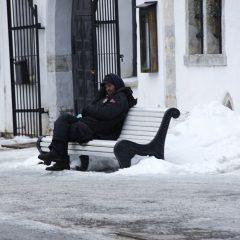 Bild: Eine kleine Pause vor dem Dom von Tallinn.