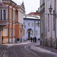 Bild: Unterwegs in der Kohtu auf dem Toompea in Tallinn.
