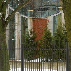 Bild: An der jüdischen Synagoge in Tallinn.