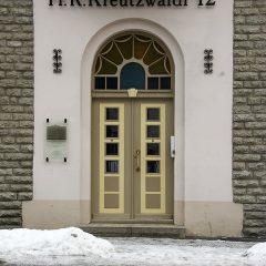 Bild: Natürlich gibt es in der Stadt von Tallinn auch hervorragend restaurierte Häuser wie etwa in der Kreutzwaldi.