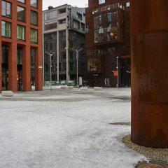 Bild: Ein Teil der modernen Architektur im Rotermanni Kvartal in Tallinn ist in Stahl ausgeführt.