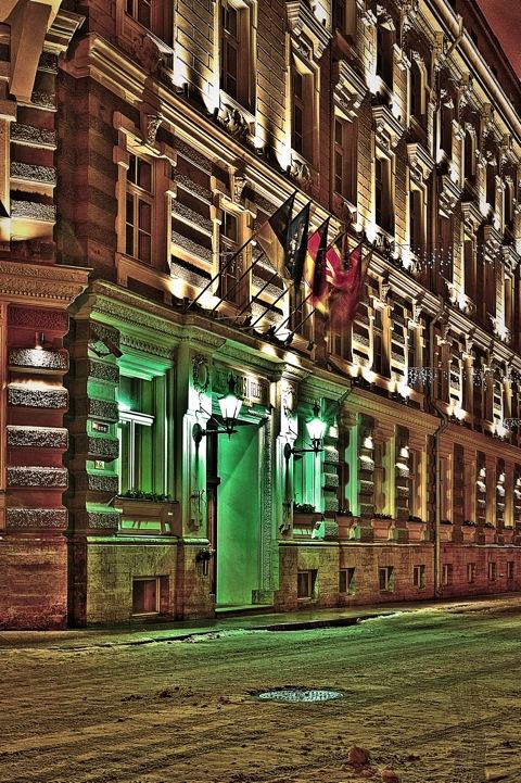 Bild: Das Hotel Telegraaf in der Altstadt von Tallinn als HDR.