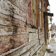 Bild: Auch in der Altstadt gibt es Spuren des Verfalls der letzten 70 Jahre.