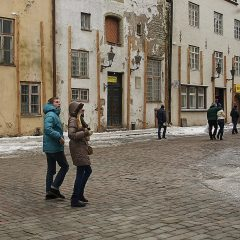 Bild: Sightseeing in der Pikk in Tallinn.