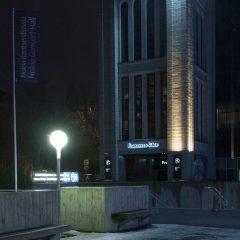 Bild: Am frühen Morgen am SOLARIS CENTER in Tallinn.