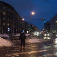 Bild: Kreuzung in Maakri am frühen Morgen.