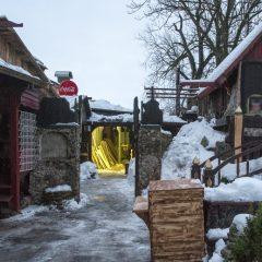 Bild: Einer Eingänge zum Keskturk - dem Zentralmarkt - von Tallinn. Er öffnet um 08:00 Uhr, entsprechend wenig ist um 07:00 Uhr dort los.