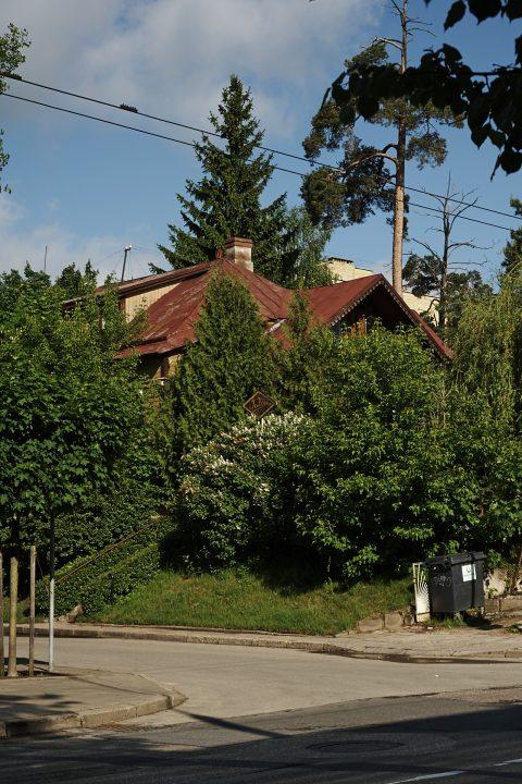 Fast wie auf dem Dorf - Unterwegs im Stadtteil Žvėrynas in Vilnius mit NIKON D700 und AF-S NIKKOR 24-120 mm 1:4G ED VR.