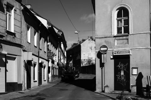 Bild: In der Plačioji gatvė in der Neustadt von Vilnius. NIKON D700 mit CARL ZEISS Distagon T* 1.4/35 ZF.2.