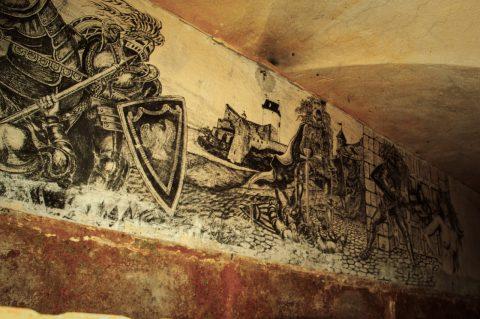 Bild: Wandbild in der Häftlingszellen im ehemaligen Patarei Gefängnis in Tallinn. NIKON D700 mit AF-S NIKKOR 24-120 mm 1:4G ED VR.