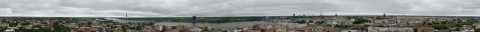 Bild: Ein Panoramafoto von ganz Riga - aufgenommen vom Turm der Akademie der Wissenschaften in Riga. NIKON D700 mit TAMRON SP 24-70mm F/2.8 Di VC USD. ISO 200 ¦ f/11 ¦ 50 mm ¦ 1/80 s ¦ kein Blitz. Klicken Sie auf das Bild um es zu vergrößern.