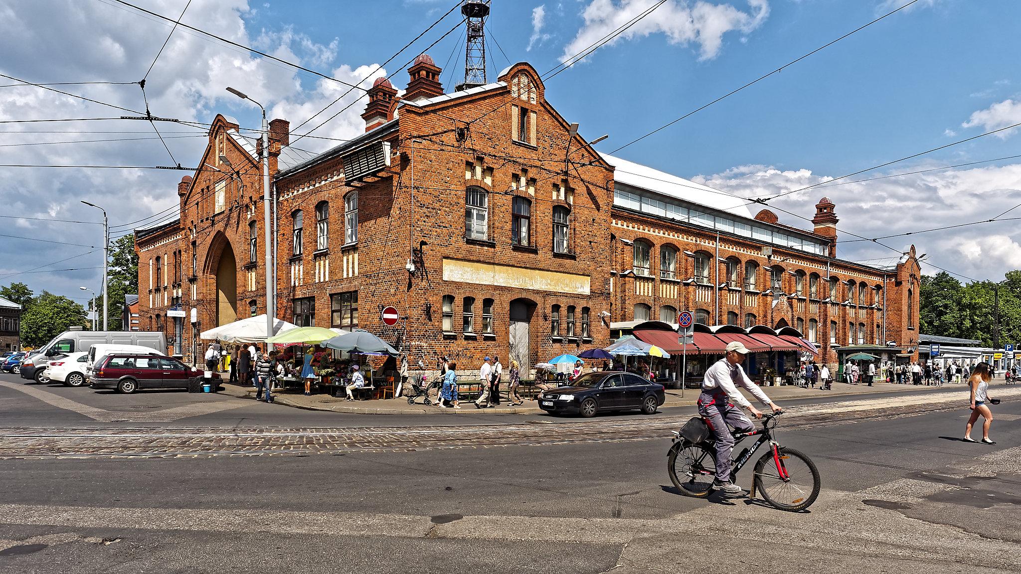 Bild: Der Markt von Āgenskalns in Rīga.