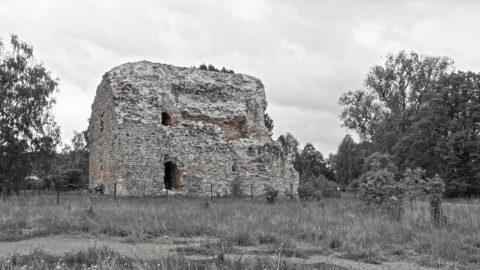 Bild: Der ehemalige Pulverturm in der Festung Daugavgrīva oder Dünamünder Schanze in Rīga.