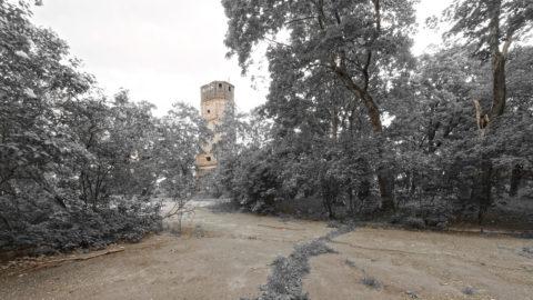 Bild: Die Ruinen des Turmes der Garnisionskirche in der Festung Daugavgrīva oder Dünamünder Schanze in Rīga.