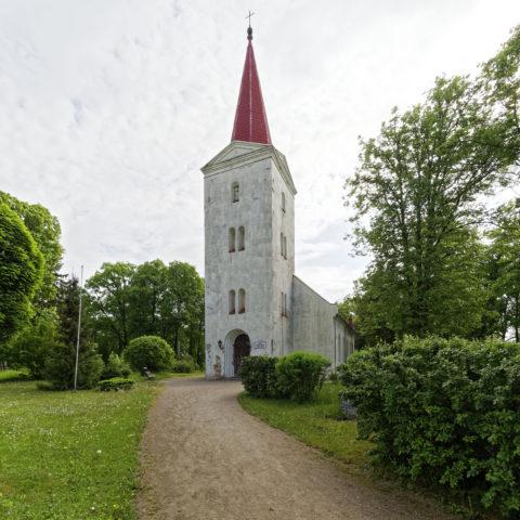 Bild: Die evangelisch-lutherische Kirche von Kandava.