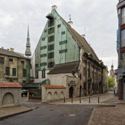 Bild: Die Ruine des Dannenstern-Hauses - oder lettisch Dannenšterna nams- in der Altstadt von Rīga am Ende der Mārstaļu iela.