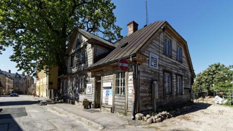 Bild: Cēsis ist eine nette Kleinstadt am Fluss Gauja. Die Stadt hat knapp über 17.000 Einwohner und liegt etwa 90 Kilometer nordöstlich von Rīga entfernt. Klicken Sie auf des Bild um es zu vergrößern.