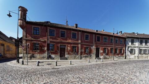 Bild: Die Kleinstadt Kuldīga in Kurzeme (dt.: Kurland) ist eine etwas skurrile Stadt. Sie erinnert ein wenig an die Zeit nach dem Ersten Weltkrieg. Klicken Sie auf des Bild um es zu vergrößern.