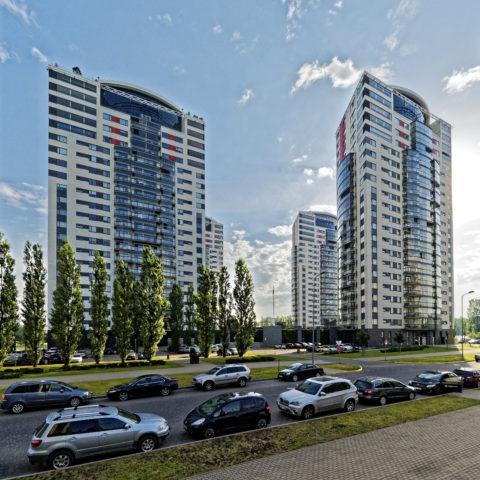 Bild: Skanste ist der zur Zeit dynamischste Stadtteil von Rīga. Er befindet sich unmittelbar nördlich des historischen Zentrums und ist entsprechend attraktiv. Er soll einmal mehr als 42.000 Einwohner haben - billig sind die Wohnungen hier nicht. Klicken Sie auf des Bild um es zu vergrößern.