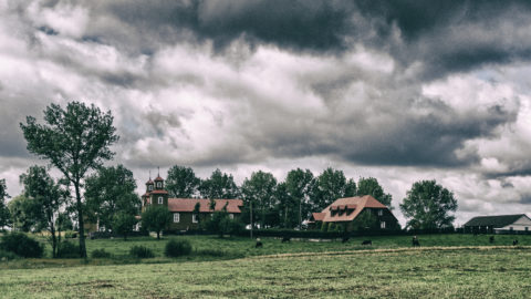 Bild: Litauisches Dorf an der Grenze zu Polen bei Marijampolė. Aufnahme vom August 2011.
